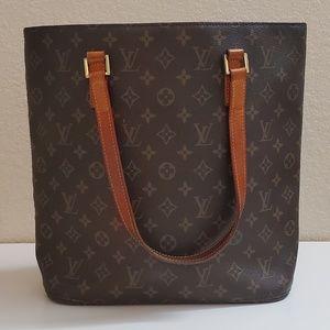 💯% Authentic Louis Vuitton Monogram Canvas Bag
